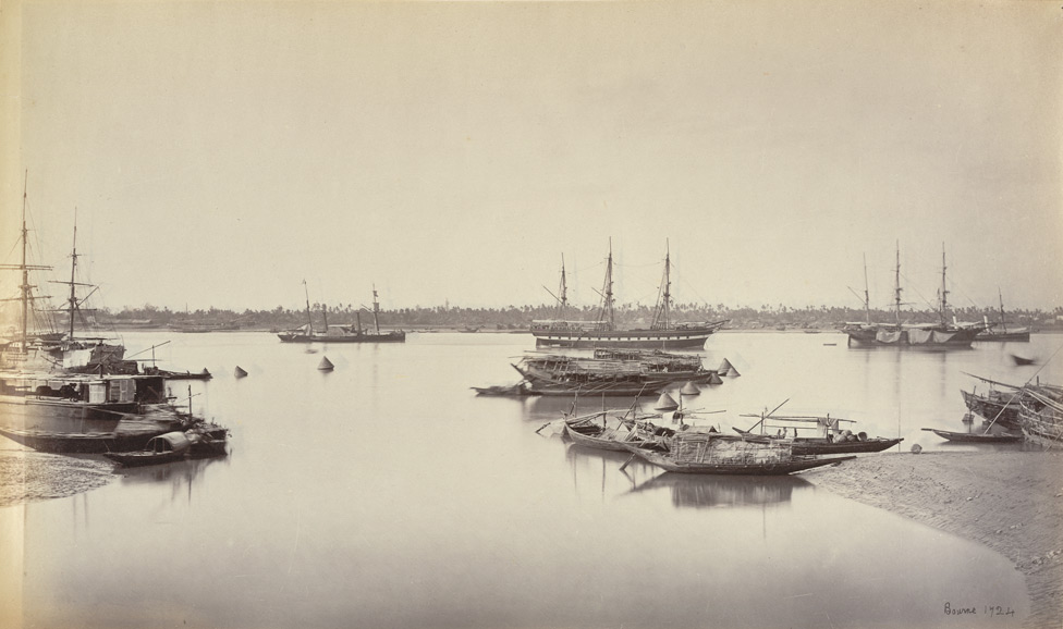 Shipping from Hastings Bridge [Calcutta], ship 'Bombay' & s.s. 'Mauritius'